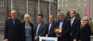 Trafikkselskapet AS mottar Etablererstipend fra Adolf Øyens Fond, gruppebilde